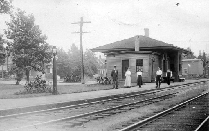 Cliftondale Station
