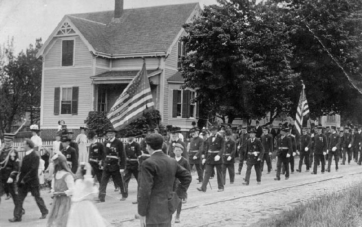 Parade of Civil War Veterans and Sons of the Union Veterans